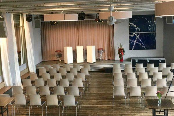 Loft_Theaterbestuhlung